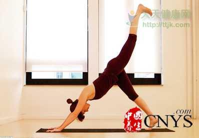 怎么减肚子最有效 九个瑜伽招式坚持练必瘦无疑