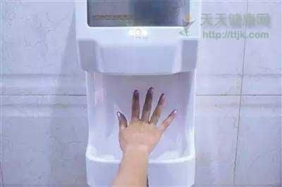 洗手细菌 做不到这些,你的手机真会比马桶还脏!