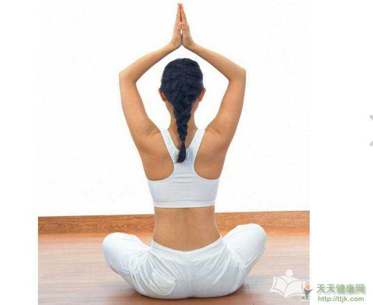 简单的瑜伽瘦身动作