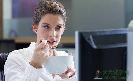 上班族喝这些茶饮能养颜美容