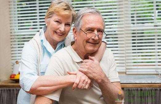 中老年人该如何预防白发