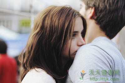 从细节看一个男人到底爱不爱你 是否真的爱你