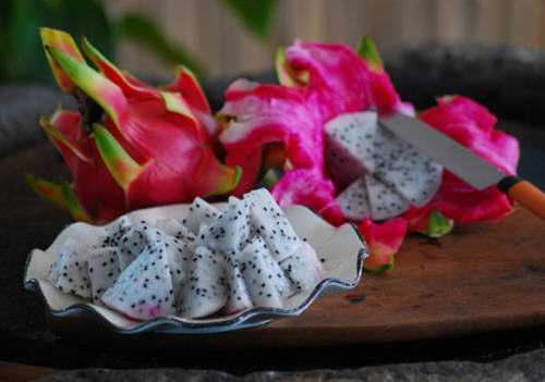 火龙果皮的最佳吃法是什么